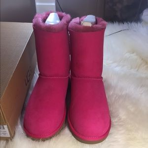 New Authentic UGG Bailey bow boots